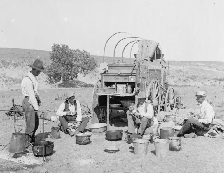American settlers on track