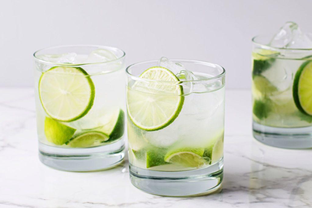 caipirinha cocktail mixed drink