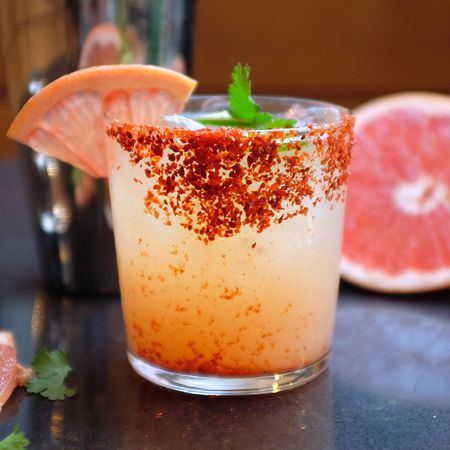 paloma cocktail mixed drink